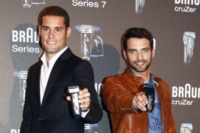 Mario Suárez y Jesús Castro, duelo de guapos en la presentación de una nueva maquinilla