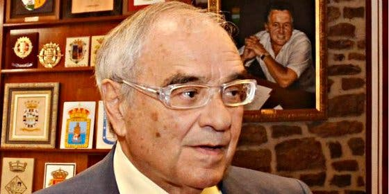Rodolfo Martín Villa quiere declarar ante la juez argentina que pide su extradición