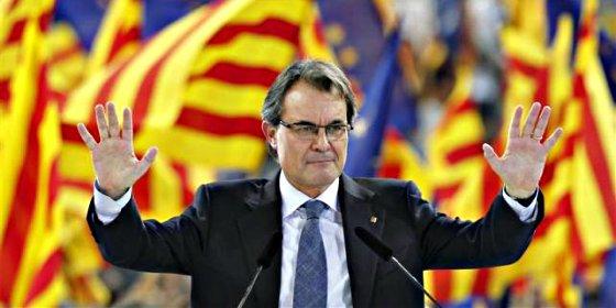 """El Govern lanza pullas a diestro y siniestro y Mas se muestra """"encantado"""" de recibir a Rajoy"""