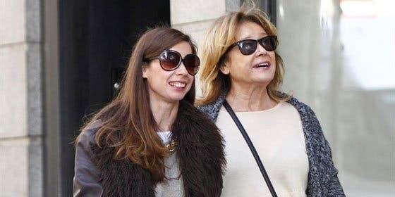 Mila Ximénez pasea por madrid con la compañía de su hija