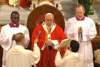 """El Papa en la catedral católica turca: """"Siempre hay la tentación de resistir al Espíritu, porque nos sacude"""""""