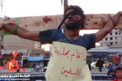 La secreta Mortaja Blanca que persigue al sangriento Estado Islámico como un vengativo fantasma
