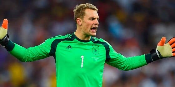 """Neuer se ve mejor deportista que Cristiano Ronaldo en la lucha por el Balón de Oro: """"Yo no poso en calzoncillos"""""""