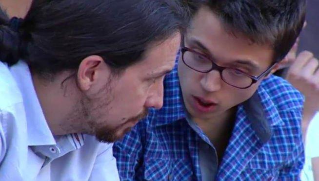 La conexión de IU, la productora de Iglesias y el enchufe de Errejón