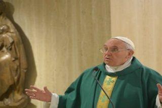 """Francisco: """"Los cristianos cómodos están desnudos"""""""