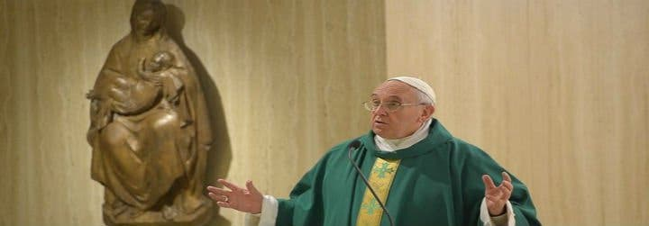 """Francisco: """"No dar escándalo jamás, destruye la fe"""""""