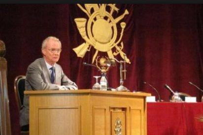 El ministro de Defensa garantiza la continuidad del Cefot en Cáceres