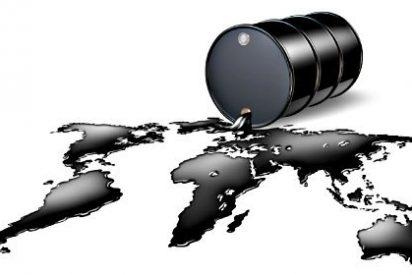 El precio del barril de petróleo se hunde hasta mínimos de 2010