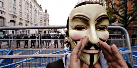 El Gobierno Rajoy reduce las penas de cárcel a quienes dificulten una huelga y a los piquetes