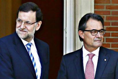 Mariano Rajoy ofrece a Artur Mas negociar el 10N pese al desafío del independentista