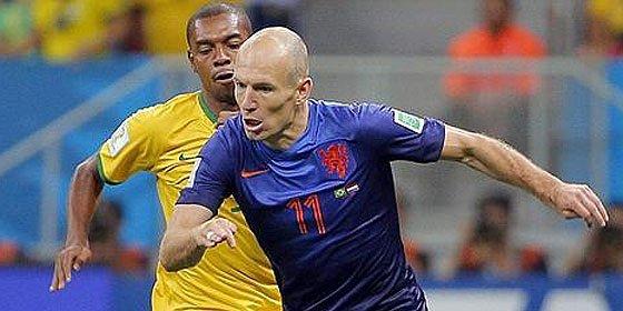 Prepara una suculenta oferta para que Robben traicione a Guardiola