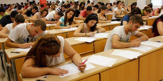 Doce escuelas de Madrid participan en un programa para mejorar la orientación profesional a sus estudiantes