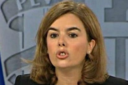 """Sáenz de Santamaría a Artur Mas: """"Menos mal que el Gobierno ha estado para suplir las carencias de la Generalidad"""""""