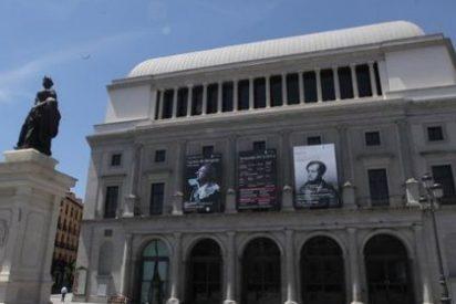 El Teatro Real subastará algunos de los trajes, pelucas y carruajes que han pasado por escena
