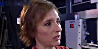 Todo por la pasta: Teresa Romero dice ahora que confesó haberse tocado con un guante porque se sintió coaccionada