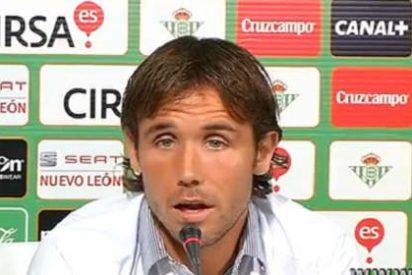 Tras su infierno en el Betis... ¡se ofrece al Espanyol!