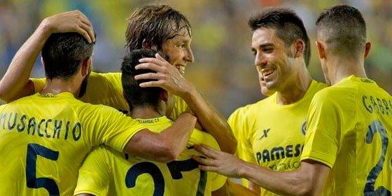 El Villarreal logra un empate valioso ante el Borussia Mönchengladbach en El Madrigal (2-2)
