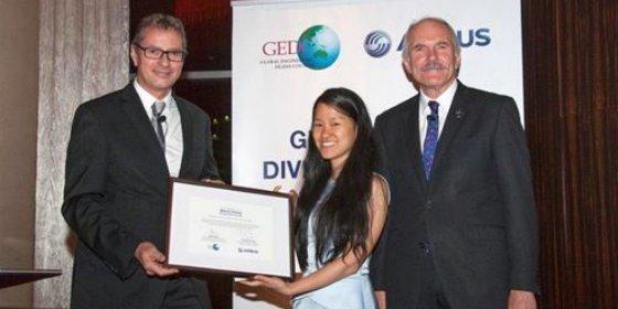 Entregan el Premio a la diversidad en la enseñanza de ingeniería de 2014
