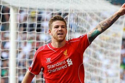 Alberto Moreno abre la goleada del Liverpool al Swansea