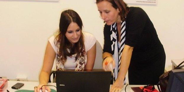 Educación fomenta la presencia femenina en ciertos ciclos de FP