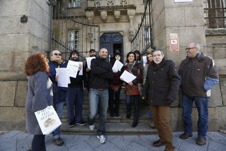 Apostasía colectiva frente al Obispado de Ourense