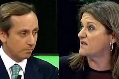"""Carlos Cuesta se harta de la defensa de Trujillo a Podemos: """"Mírate un periódico de vez en cuando"""""""