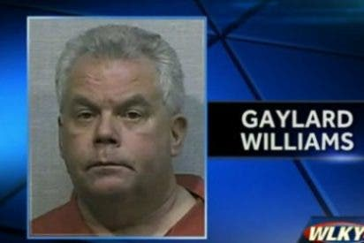 Un cura 'antigay' asalta a un conductor y le toca el pene tras pedirle sexo oral