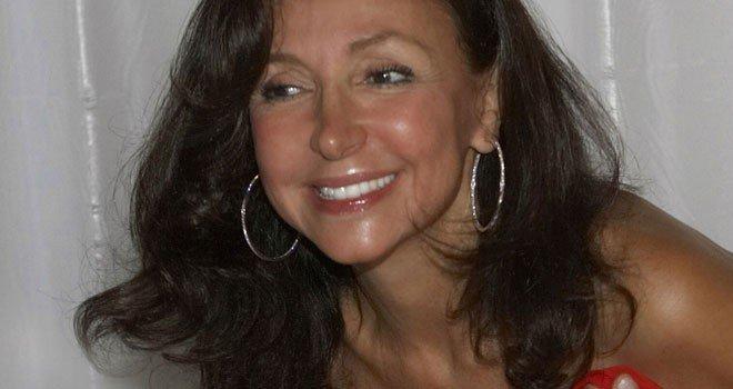 Esther Koplowitz ejecuta la venta de sus derechos de suscripción en FCC a Carlos Slim por 150 millones