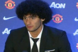 Pillan borracho a Fellaini