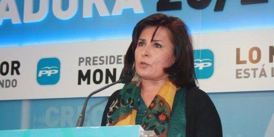 """Francisca Rosa (PP): """"El saldo de Vara fue redondo, 0 euros para renta básica, para deuda histórica y para alta velocidad"""""""
