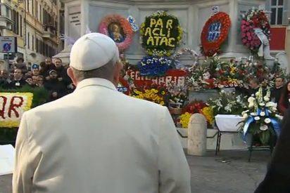 """El Papa a la Virgen: """"Libera la humanidad de toda esclavitud espiritual y material"""""""