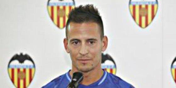 El jugador del Valencia invita a una paella... ¿Con motivo de su despedida?