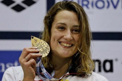 Mireia Belmonte, vítores y aplausos para recibir a una campeona