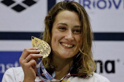 Mireia Belmonte, dos oros y dos récords del mundo en el mismo día