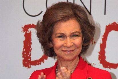 La Reina Sofía le da el relevo a Doña Letizia en la Cruz Roja