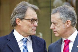 """Urkullu y Mas se ponen en plan pelota y acuerdan """"trabajar juntos"""" contra la """"recentralización"""" del país"""