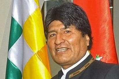 Evo Morales prohíbe a los policías obesos llevar uniforme hasta que no adelgacen