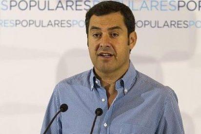 """Juanma Moreno: """"Los andaluces no tenemos presidenta, sino una candidata a ocupar el sillón de Pedro Sánchez al frente del PSOE"""""""