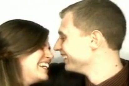 El vídeo de la petición de matrimonio en un fotomatón que tiene mucho tirón