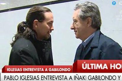 Arcadi Espada alaba que el humilde Gabilondo ceda a Pablo Iglesias el golpe contra las sedes del PP el 13-M