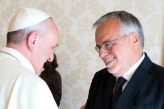 """Andrea Riccardi: """"El Papa tiene mucha oposición dentro y fuera de la Curia, y lo sabe"""""""