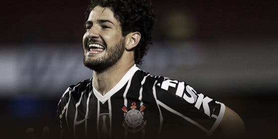 Desde Brasil insisten en que Pato fichará por el Sevilla