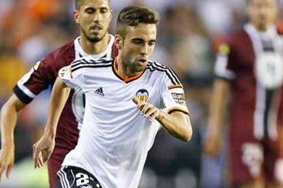 Ingresan al futbolista del Valencia en el hospital