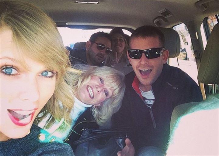 Taylor Swift celebra sus 25 años por todo lo alto
