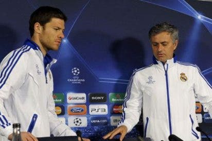 "Xabi Alonso, a Manolo Lama: ""Os gusta mucho hablar de Mourinho y ya es historia"""