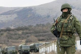 Los grupos armados de Rusia en el este de Ucrania, acusados de torturar y abusar de los detenidos