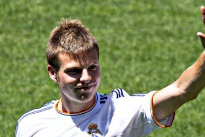Aperribay interviene para parar la llegada de Illarramendi a Bilbao