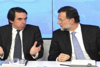 Rajoy se alía con Aznar para ahuyentar el 'trauma' de la UCD
