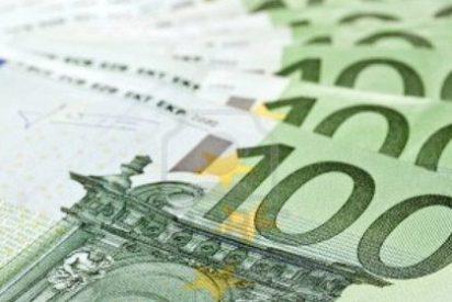 El número de billetes de 100 euros en circulación cayó un 87,5% en 2014 y el de 500 bajó un 1,1%