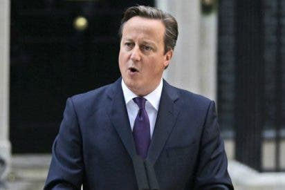 Cameron replica al Papa que en las sociedades libres se puede ofender a las religiones